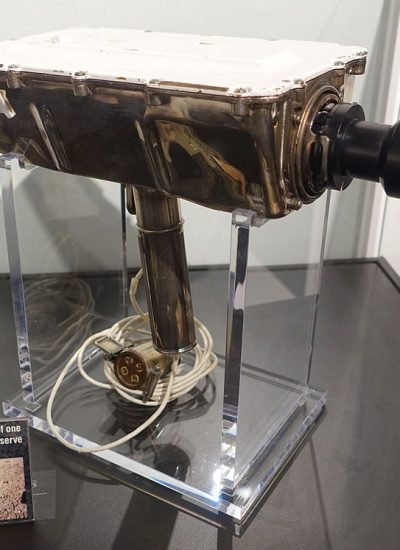 Lunar_Television_Camera_for_Apollo_11_Moon_Landing,_Westinghouse,_identical_to_the_model_used_on_the_moon_